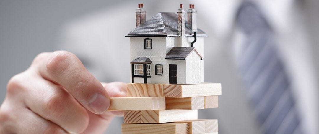 5 Ways to Keep Your House During A Market Crash